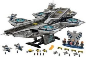Product image - LEGO Marvel Super Heroes: The SHIELD Helicarrier 76042 (2296 Pieces)